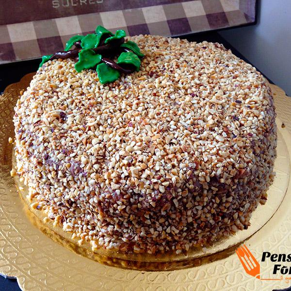 La foto finale della torta Rocher.