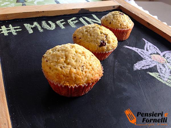 Muffin bianco con gocce di cioccolata