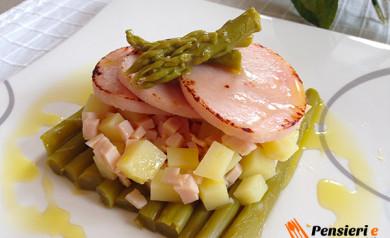 Asparagi con tacchino e patate