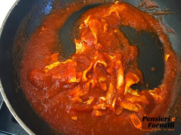 Finte tagliatelle al pomodoro per bimbi