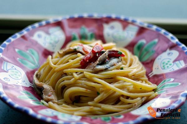spaghetti con alici fresche