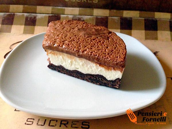 Cheesecake alla gelatina fondente
