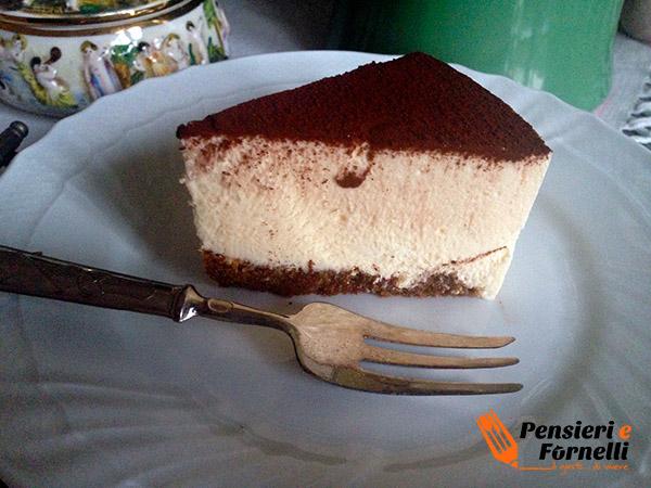 Sezione della torta tiramisu