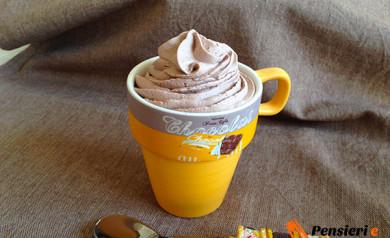 Mousse al cioccolato al latte